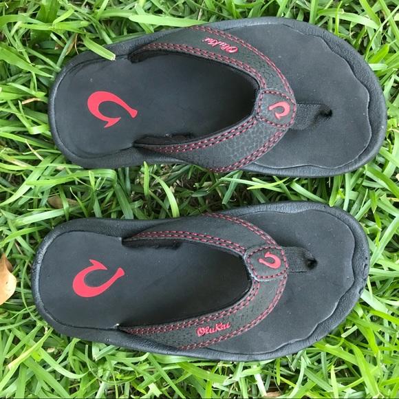 6d6521c2112a Boy s Olukai flip flops. M 5b4527b2c2e9fe3aec5792a4